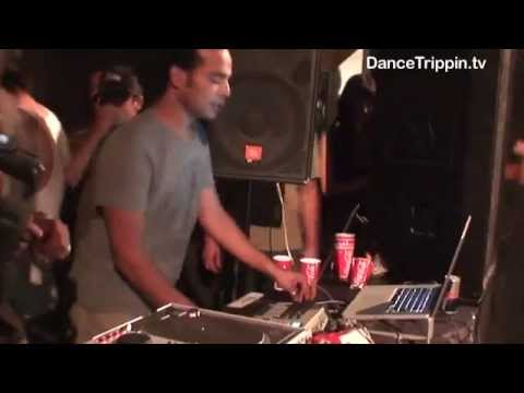 Johnny D. | Zoo Project Ibiza DJ Set | DanceTrippin
