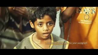 ET30 PLT - Slumdog Millionaire:  Amitabh Bachchan autograph scene