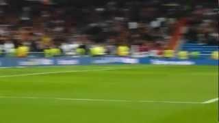 20120304 Real Madrid vs Espanyol - Iker Casillas celebrating with goalpost