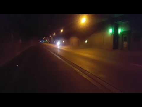 Kawasaki Ninja im Tunnel akrapovic mit db