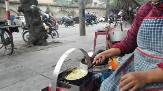 omllete bread yummy Vietnamese foodie