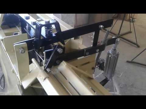 CREAMEX JRJ Enderezadora y cortadora de alambre cortando calibre 12