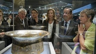Louvre opens Islamic culture exhibit