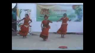 Nice perfoming  by Bimurto dance group  with melodious song `Ajore ajore'