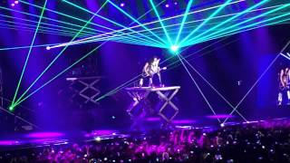 KISS - Lick It UP @Barclays Center (Madrid 2015)