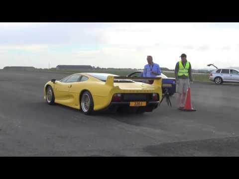 Wilton House 2013  Jaguar XJ220S vs Corvette! DRAG RACE, BURNOUT, FULL ACCELERATIONS, REV LIMITER!!