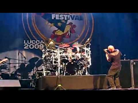 Dave Matthews Band #41 - Jeff Coffin tenor sax solo (DMB Live from Lucca, Italy)