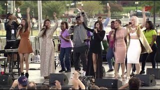 Climate charismatics: Praise and worship team sings 39Love Song to the Earth39 at Pope39s Capitol rally