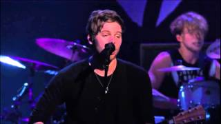 5 Seconds Of Summer - Beside You live from The New Broken Scene