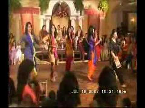 Mehndi Girls Dance Pairon Main Bandhan Hai