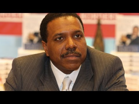 What does Pastor Creflo Dollar do with his money