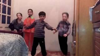 ولاد اخواتى بيرقصو على مهرجان وزارة الفلاحين كوميديه