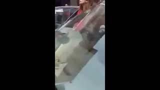 18+ OMG Girls Fight On Main Road |Pakistani Aunties Fight