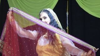 Dance on : Mohe Rang Do Laal Kathak Performance