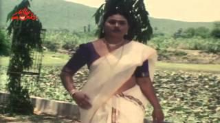 Lady And Old Man Funny | Aasai Kadhalan | Tamil Hot Movie Scene 1