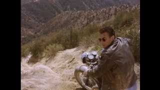 Van Damme - Motorcycle police chase (HD) - Movie: Nowhere to Run