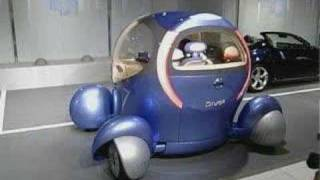 The electric car - can talk and turn its cabin 360 degrees