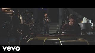 Gorgon City - Smile (Acoustic) ft. Elderbrook