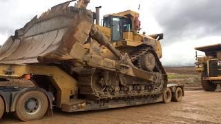 Transporting The Huge Cat D11R Dozer