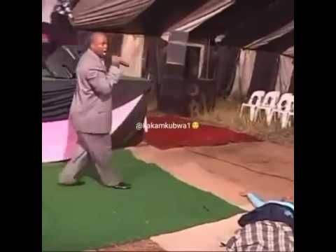 Pastor falls while preaching