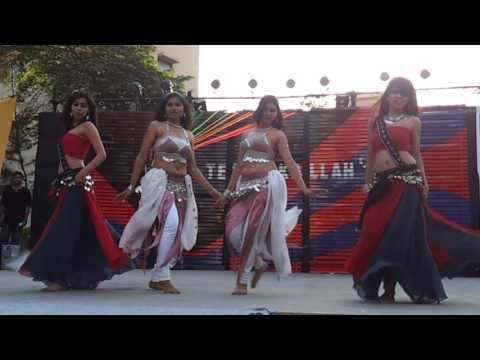 Hot Indian college girls belly dancing video new 2017 | LATEST
