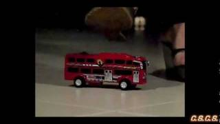 J - SlowMotion 300fps - Toy Bus 01
