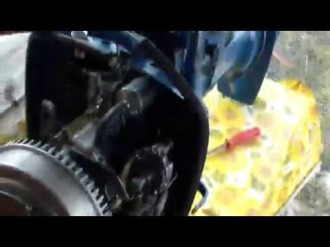 как поменять крыльчатку на лодочном моторе ветерок 8