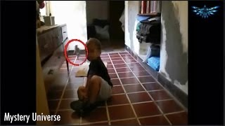 Mother Captures Small Alien Creature on video in Argentina,Santa Fe