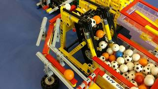 LEGO Great Ball Contraption circuit Fana'Briques 2017