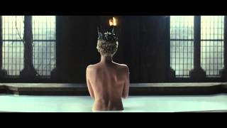 [HD/720p] Queen Ravenna_Milk Bath Scene - Snow White And The Huntsman
