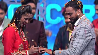 Indian Idol 9 | Episode 16 | Mohit gets engaged on the show | 12 Feb 2017