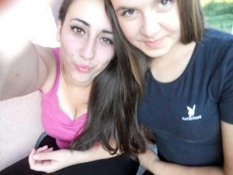 ♥ Nejla i Arnela ♥