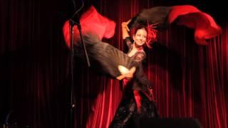 Kamli Bollywood Dance with Fan Veils