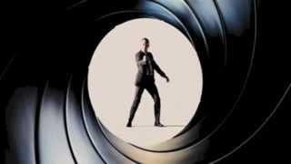 Daniel Craig Gunbarrel Opening