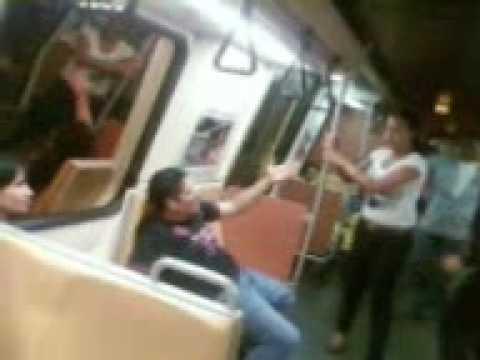 Pelea en el Metro de caracas Venezuela