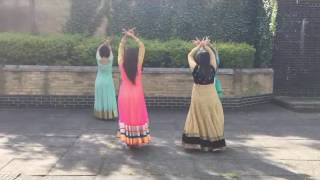 Beautiful Cham Cham Song Dance By 4 Beautiful Girls....