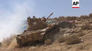Saudi-backed troops battle Houthi fighters as Yemen