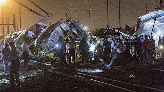 Száz kilométeres sebességgel siklott ki egy vomat az Egyesült Államokban.