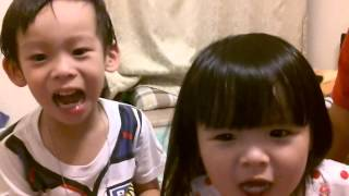 Chinese kids singing bahay kubo(Chunchun and Mui)