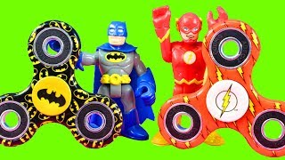 Imaginext Justice League Gets Arrested For Using Fidget Spinner & Batman Goes To Playmobil Jail
