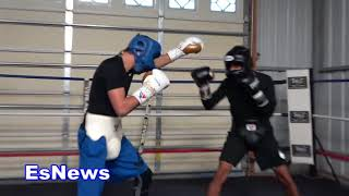 Robert Garcia Welcomes New Fighter To Gym EsNews Boxing