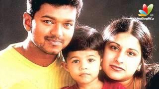 14th wedding anniversary for Vijay & Sangeetha   Thalaivaa, Jilla   Songs   Tamil Cinema News