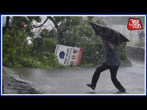 आधे देश पर कुदरत के क्रोध के मंडराए बादल 13 राज्यों में भारी बारिश और तूफान का खतरा