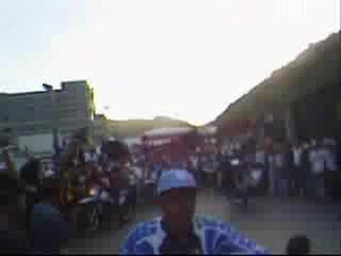 MOTO PIRUETAS EN MACARAO