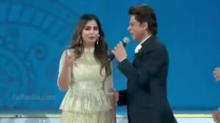 १ करोड़ की ड्रेस पहनकर मुकेश अम्बानी की बेटी और शाहरुख़ खान ने स्टेज पर दिखाया जबरदस्त जलवा - जिओ