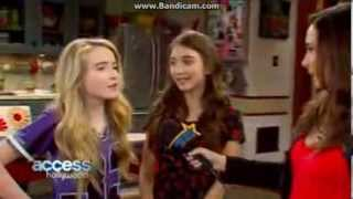 sabrina carpenter hot when she puts her hand i her jeans