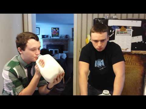 Ghost chili/bhut jolokia challenge with my 15 year old brother!