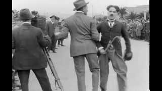 Детские автомобильные гонки (Charles Chaplin).