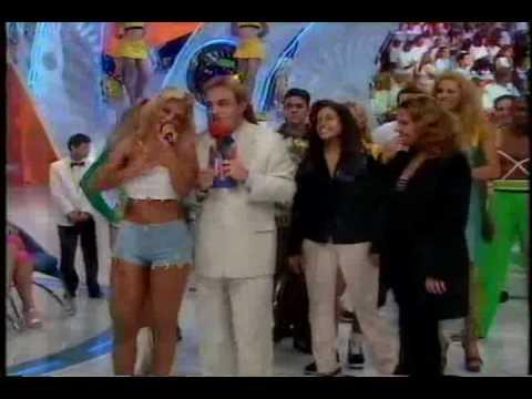 Carla Peres Banana Split e Axé Blonde requebrando no gugu parte I