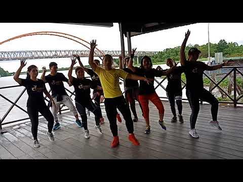 Xxx Mp4 Goyang Nasi Padang Koreo By Aji Dance Mix 3gp Sex